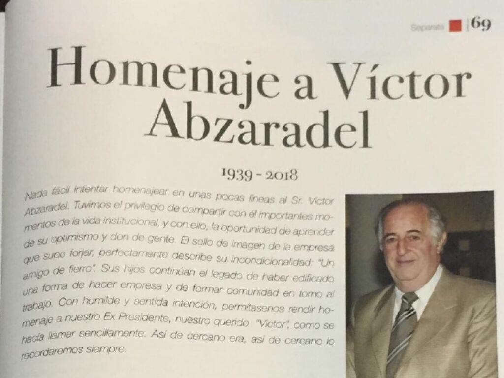 Homenaje de La Liga Comercial a Victor Hugo Abzaradel Fundador de Herracor